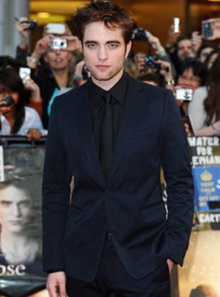Robert Pattinson - Robert Pattinson: ?I am more than Edward Cullen? - Robert Pattinson Twilight - Twilight Breaking Dawn - Breaking Dawn - Rob Pattinson - Pattinson - Marie Claire - Marie Clarie UK