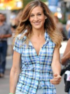 Sarah Jessica Parker - Sarah Jessica Parker Sex and the City - Sarah Jessica Parker 'Pondering' Sex And The City 3 - Sex and the City 3 - SATC 3 - Sex and the City - Carrie Bradshaw - Marie Claire - Marie Claire UK