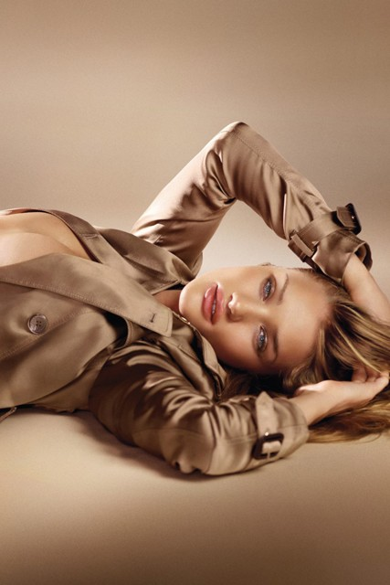 Rosie Huntington-Whiteley for Burberry Beauty