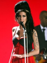 Amy Winehouse - Amy Winehouse?s family left ?bereft? by her death - Amy Winehouse dies - Amy Winehouse Tribute - Amy Winehouse family - Amy Winehouse death - Marie Claire - Marie Claire UK