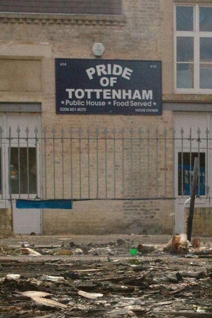 Tottenham Praying For FA Compensation Redknapp