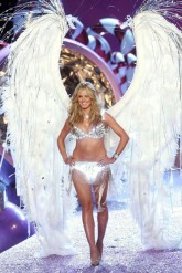 victoria's secret - uk - launch - lingerie - underwear