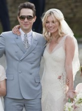 kate moss - wedding - jamie hince - manolo blahnik - footwear - shoes