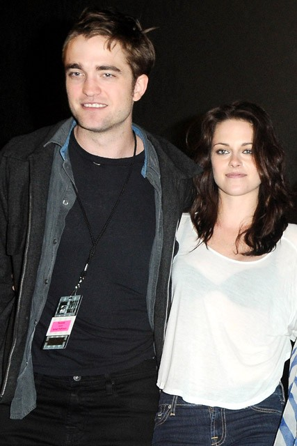 Robert Pattinson Kristen Stewart - Robert Pattinson - Kristen Stewart - Sienna Miller - Tom Sturridge - Robert Pattinson & Kristen Stewart?s double date night revealed! - Twilight - Breaking Dawn - Marie Claire - Marie Claire UK