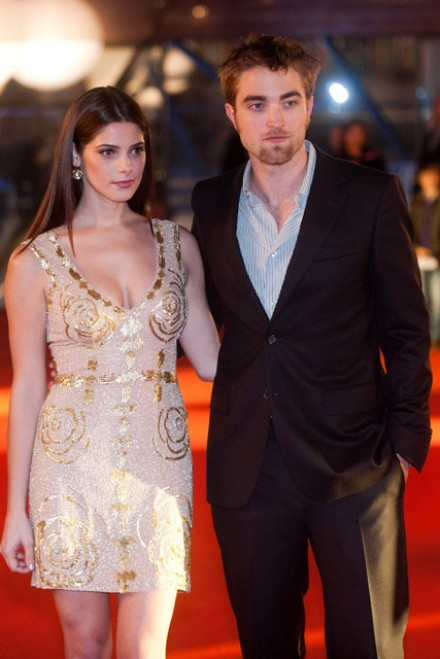 Robert Pattinson & Ashley Greene - PICS: Robert Pattinson & Ashley Greene premiere Breaking Dawn in Brussels - Twilight - Breaking Dawn - Twilight Breaking Dawn - Breaking Dawn premiere - Rob Pattingson - Marie Claire - Marie Clarie UK