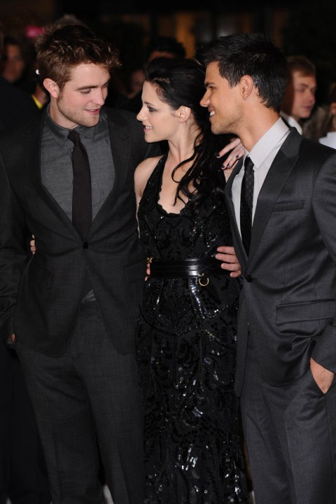 Robert Pattinson, Kristen Stewart & Taylor Lautner - Twilight Breaking Dawn premiere - Twilight Premiere - Twlight Breaking Dawn - Twilight - BReaking Dawn UK premiere - Robert Pattinson - Kristen Stewart - Taylor Lautner - Marie Claire - Marie Claire UK
