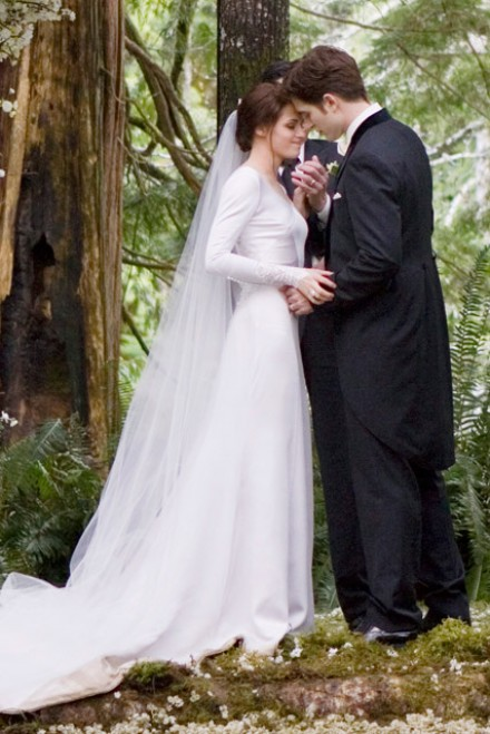 Robert Pattinson & Kristen Stewart - Robert Pattinson - Kristen Stewart - Bella Swan - Kristen Stewart Breaking Dawn Wedding Dress - Marie Claire - Marie Claire UK