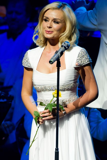 Katherine Jenkins and Gethin Jones split - Celebrity Splits - Marie Claire - Marie Claire UK