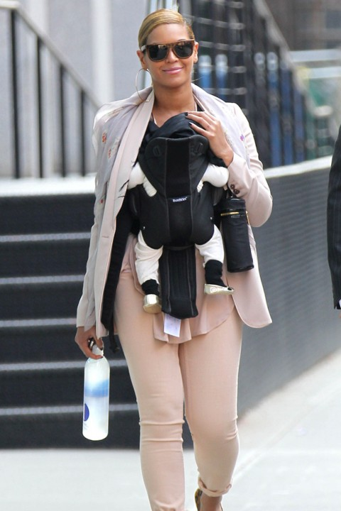 Beyonce-Stylish-Celebrity-Mums-blue-ivy-Marie-claire