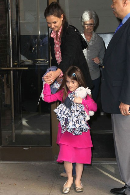 Katie Holmes and Suri Cruise - Celebrity Photos - Marie Claire - Marie Claire UK