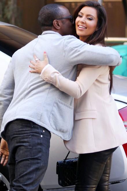 Kim Kardashian, Kanye West, Kim Kardashian and Kanye West dating, Kim Kardashian divorce, Kim Kardashian boyfriend, Kanye West girlfriend, celebrity couples, celebrity news, Kardashian, Kourtney Kardashian, Kardashian family, Kim Kardashian Kanye West