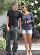 Olivier Martinez, Halle Berry, Olivier Martinez and Halle Berry, Olivier Martinez actor, Halle Berry engaged, Olivier Martinez and Halle Berry engaged, Halle Berry married, Halle Berry enaged, Halle Berry daughter, Halle Berry dating, Halle Berry pictures
