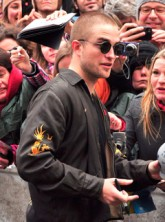 Robert Pattinson - Robert Pattinson to wear wig for Twilight Re-Shoots - Breaking Dawn - Marie Claire - Marie Claire UK