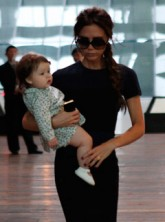 Victoria Beckham - Harper Beckham - Victoria Beckham and Harper enjoy lunch in Beijing - Marie Claire - Marie Clarie UK
