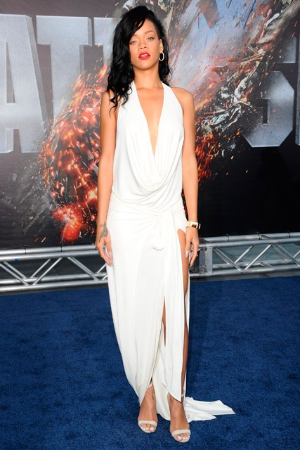 Rihanna wows in white at Battleship premiere