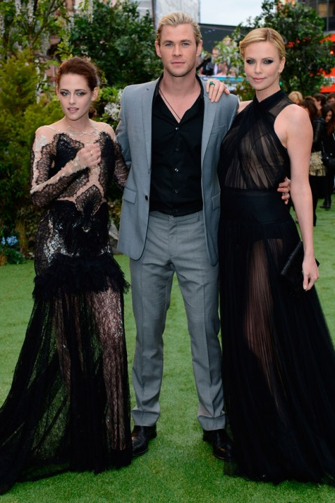 Kristen Stewart, Charlize Theron & Chris Hemsworth at the Snow White and the Huntsman Premiere