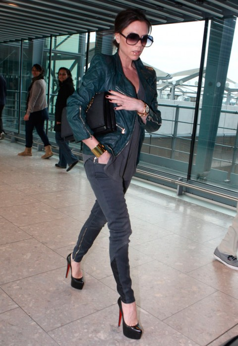 Victoria Beckham - Celebrity Airport Style - Celebrity Photos - Marie Claire - Marie Claire UK