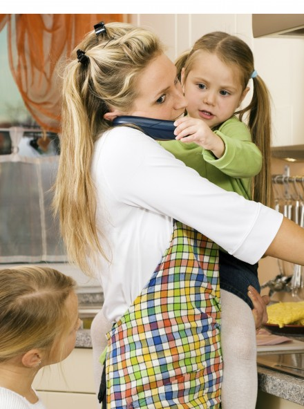 Working mothers happier than stay-at-home mums