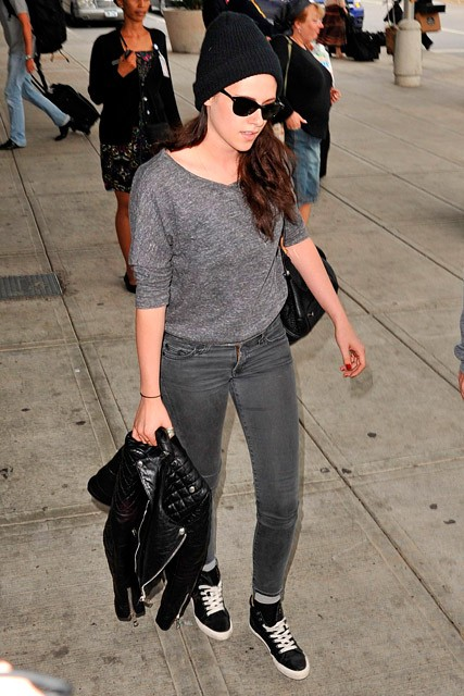 Kristen Stewart dresses down in New York