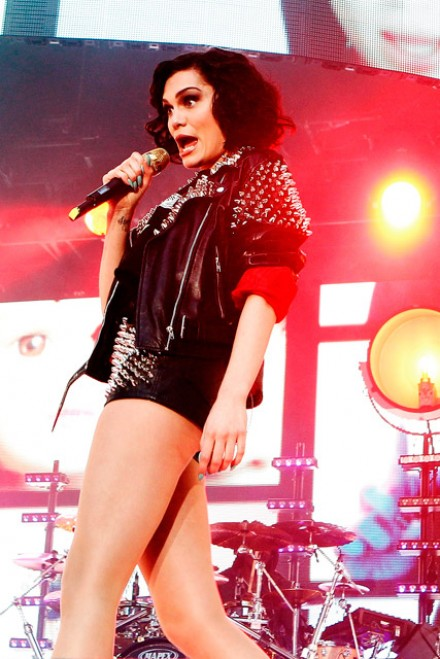 download who are you by jessie j
