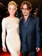 Johnny Depp &amp; Amber Heard romance rumours hotting up