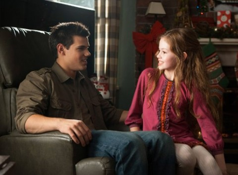 Taylor Lautner & Mackenzie Foy - Twilight Breaking Dawn 2 Movie Photos