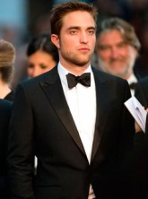 Robert Pattinson to play James Bond?