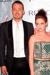 Kristen Stewart accused of cheating on Robert Pattinson