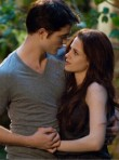 Robert Pattinson & Kristen Stewart in Twilight Breaking Dawn: Part 2