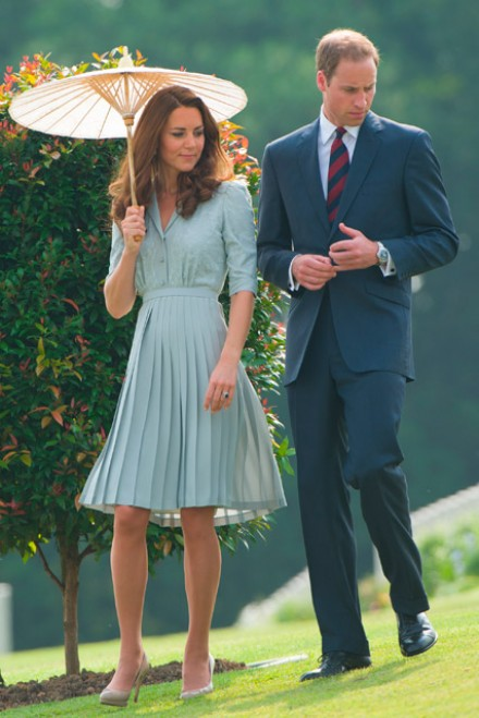 Kate Middleton wears a Jenny Packham dress