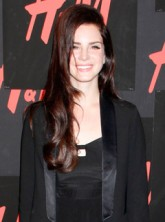 H&M hosts private concert with Lana Del Rey in New York