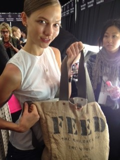 Karlie Kloss?s feed bag