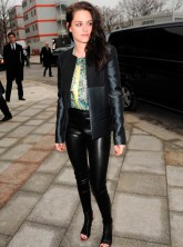 Kristen Stewart gears up for Paris Fashion Week appearance