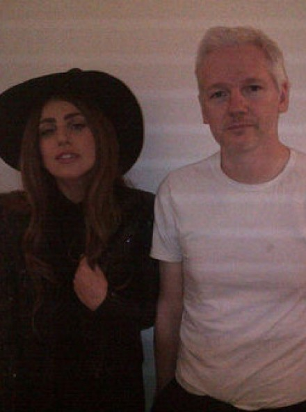 Lady Gaga meets with Julian Assange