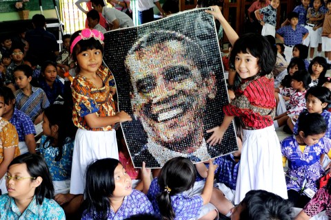Indonesian students celebrate Obama's Victory