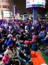 Fans camp out at Twilight Breaking Dawn premiere