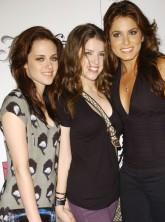 Anna Kendrick, Kristen Stewart, Nikki Reed