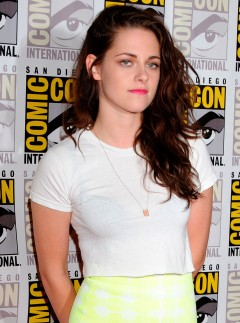 Kristen Stewart trainers