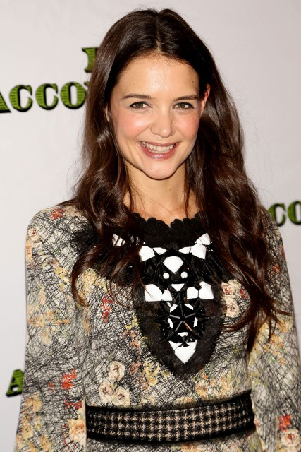 Katie holmes dead accounts