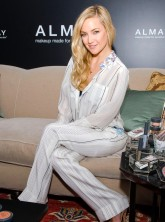 Kate Hudson wearing pyjamas at Almay make-up launch