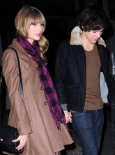 Taylor Swift - Harry Styles - One Direction - Celebrity Pictures 2012 - Marie Claire - Marie Claire UK