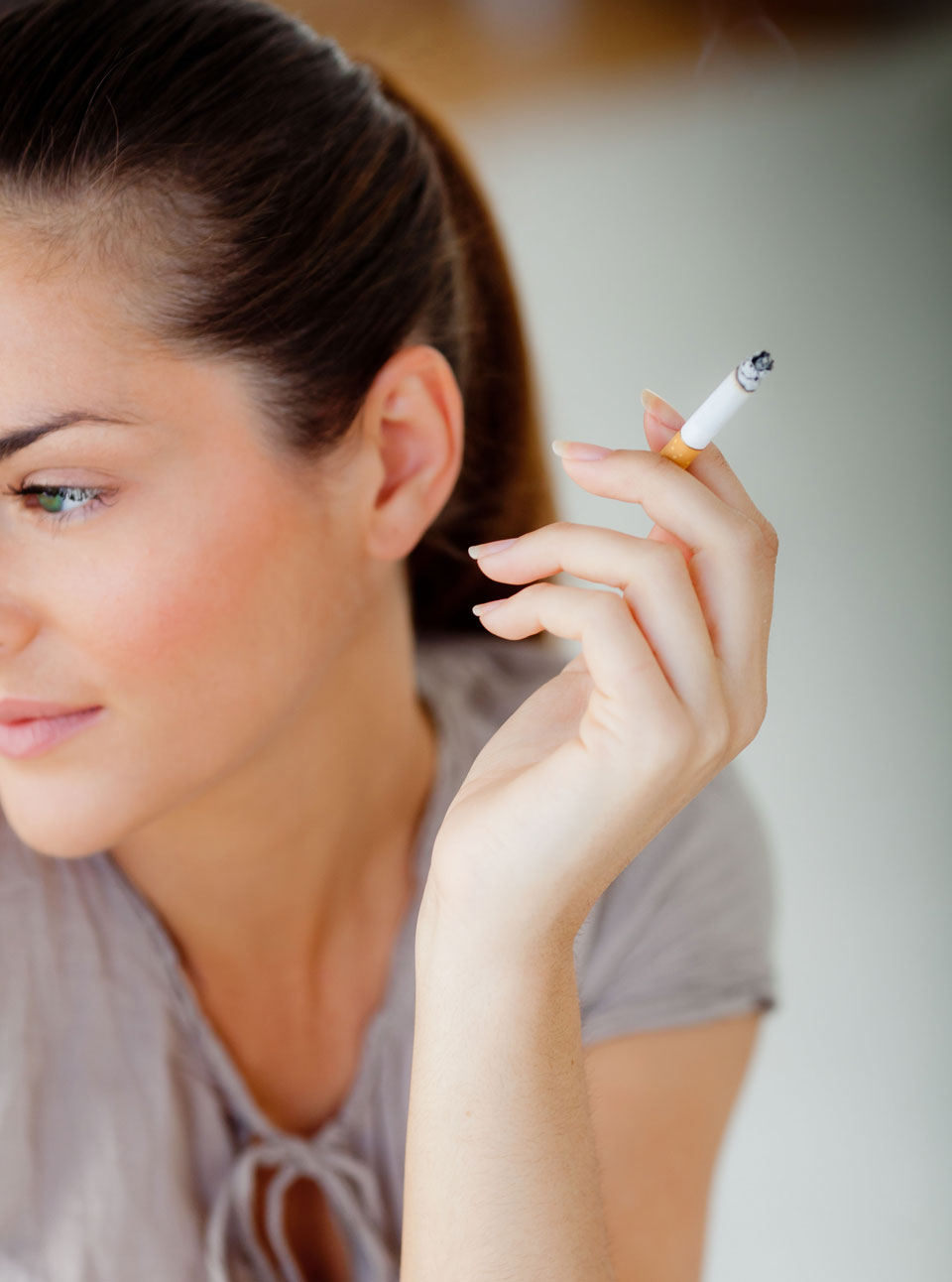 Female Smokers More Likely To Be Killed By Their Habit