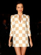 Miranda Kerr wears Louis Vuitton spring/summer 2013 in Cancun