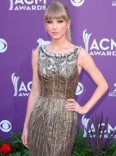 Taylor Swift at the American Country Music Awards
