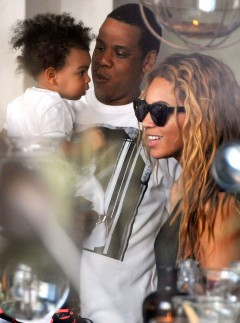 Beyonce Jay-Z Blue Ivy in Paris