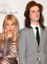 Sienna Miller and Tom Sturridge on the red carpet at the Theatre World Awards