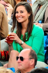 Pippa Middleton and Carole Middleton at AEGON tournament