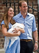 Kate Middleton emerges from St Mary's Hospital with baby Prince George
