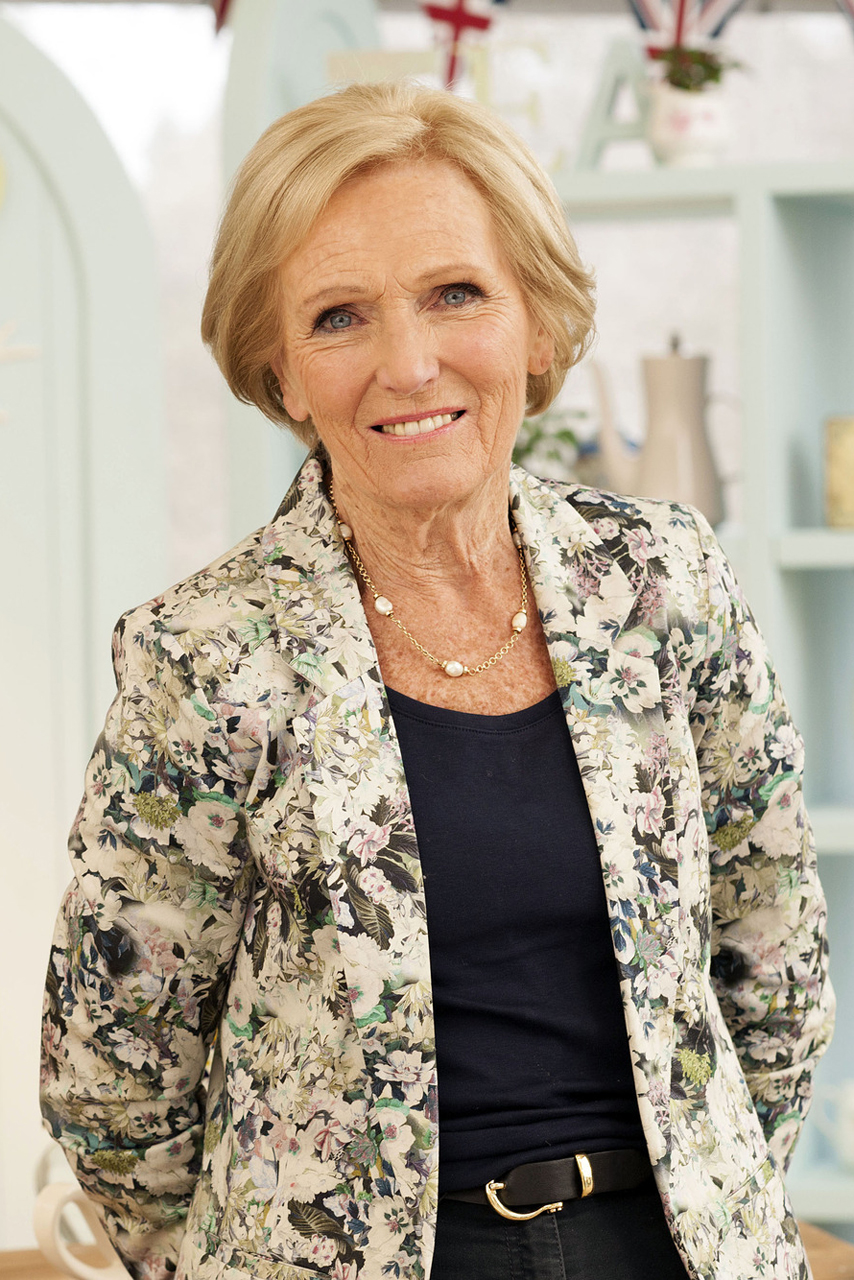 Mary berry 11 things you definitely didn 39 t know marie for Mary berry uk