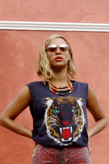 Beyonce and Jay Z on holiday in Italy